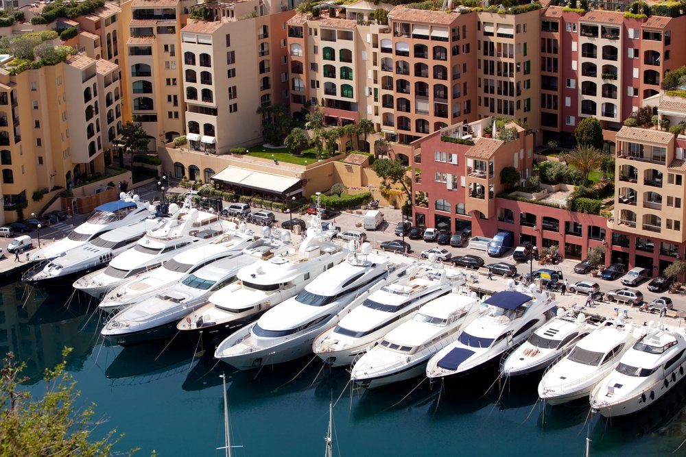 Light Commercial Laundry Services - Yachts, Marinas
